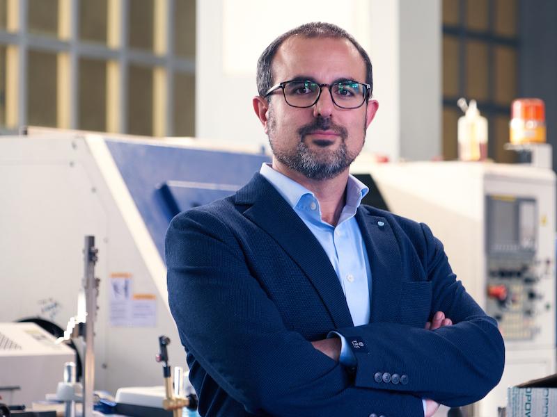 Dr. Enrique Chacón